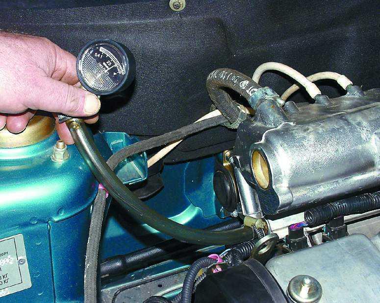 Фото №8 - 2110 давление топлива