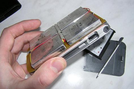 Внешний аккумулятор для телефона своими руками из батареек